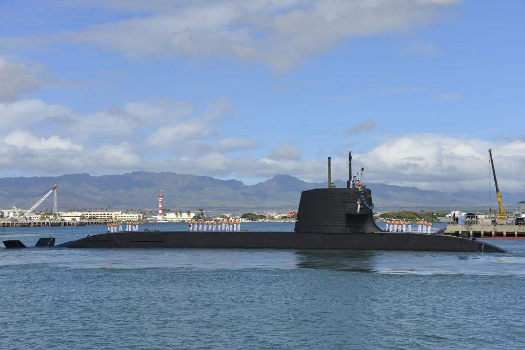 JS Hakuryu (SS-503) arrives Pearl Harbor in 2013